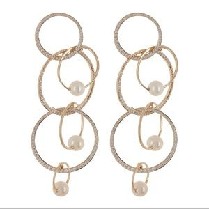 NWT Pearl & Crystal Overlapping Link Drop Earrings